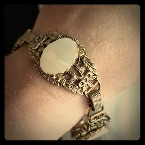Jewelry - Vintage Mother of Pearl Panel Bracelet